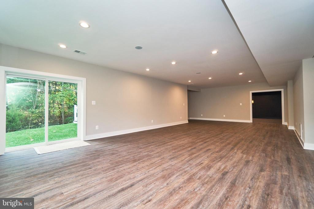 Recreation Room - 7015 WOODLAND DR, SPRINGFIELD