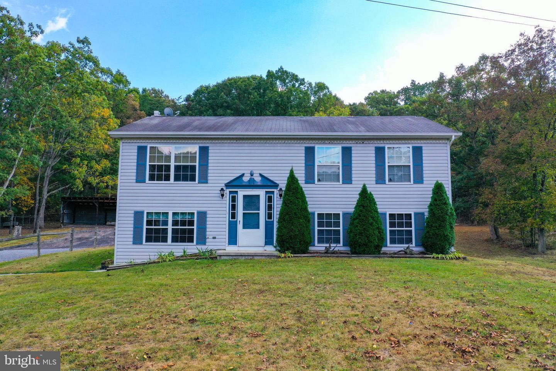 Single Family Homes für Verkauf beim Burlington, West Virginia 26710 Vereinigte Staaten