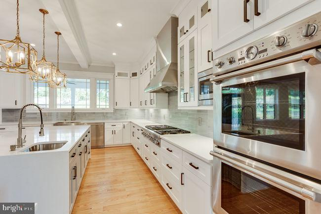 Dual oven - 7022 HECTOR RD, MCLEAN