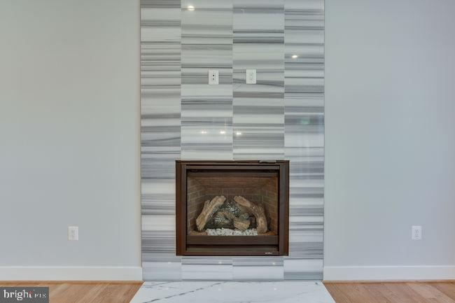 Gas Fireplace. - 7022 HECTOR RD, MCLEAN