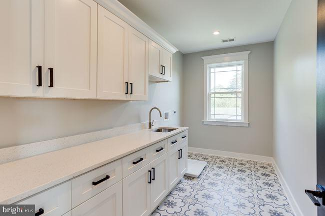 lAUNDRY ROOM - 7022 HECTOR RD, MCLEAN