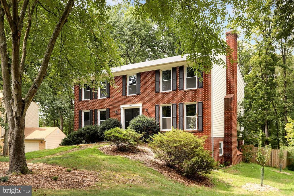 - 2505 FREETOWN DR, RESTON