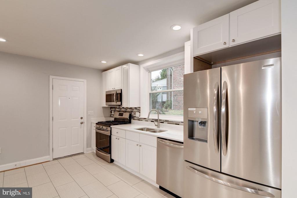 Kitchen - 1810 RANDOLPH ST NE, WASHINGTON