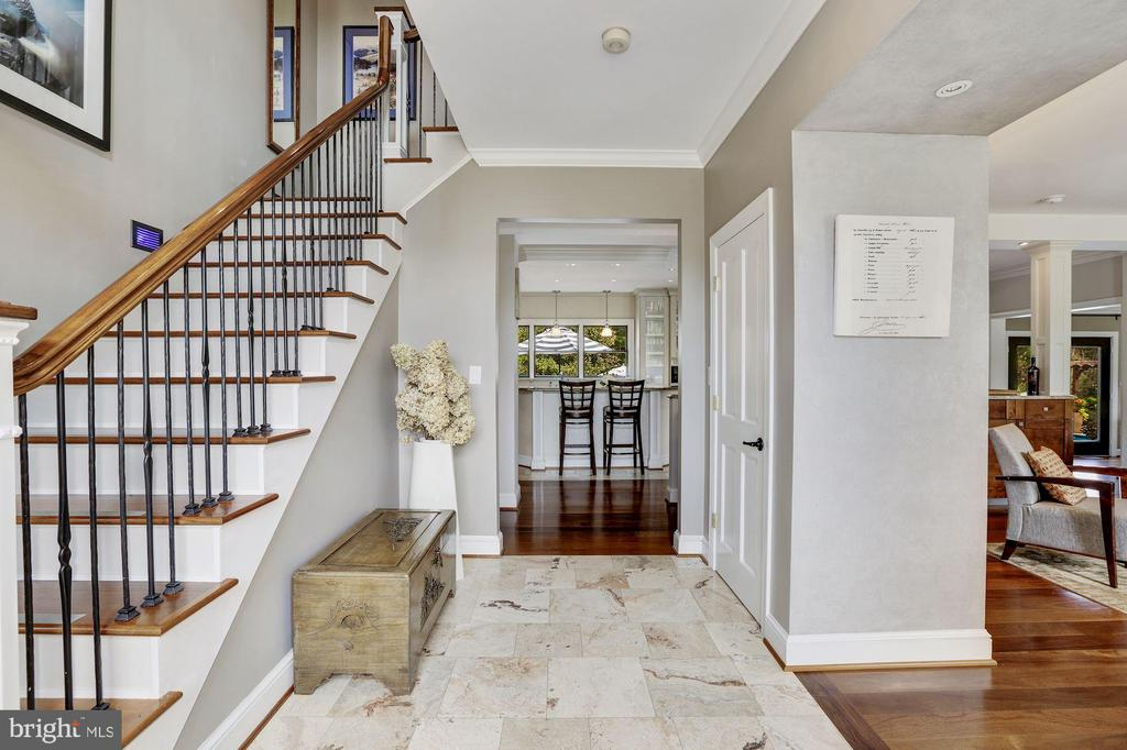 Extended Foyer and Open Stair - 12580 HALL SHOP RD, FULTON