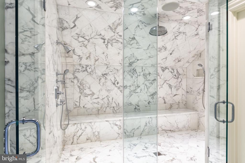 Master Bathroom - 8548-A GEORGETOWN PIKE, MCLEAN