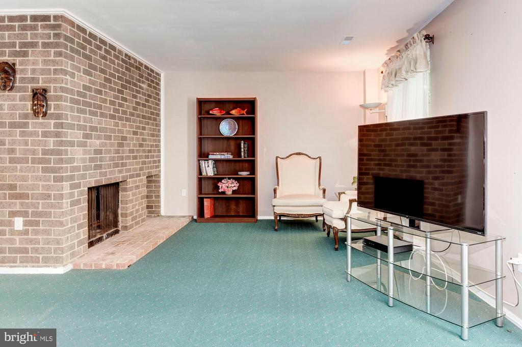 Basement - 2nd Wood Burning Fireplace! - 1706 TYVALE CT, VIENNA