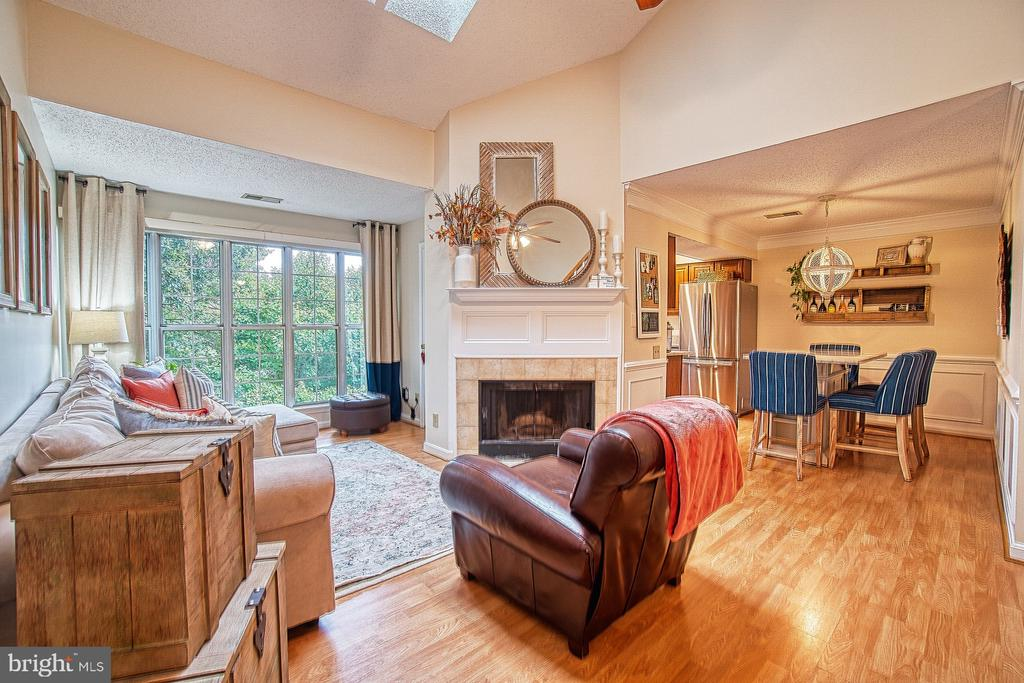 Make This Your Home! - 12004 GOLF RIDGE CT #302, FAIRFAX