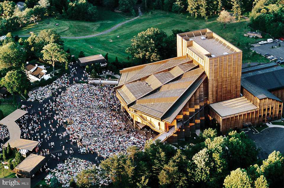 Wolf Trap - 1440 ROSEWOOD HILL DR, VIENNA