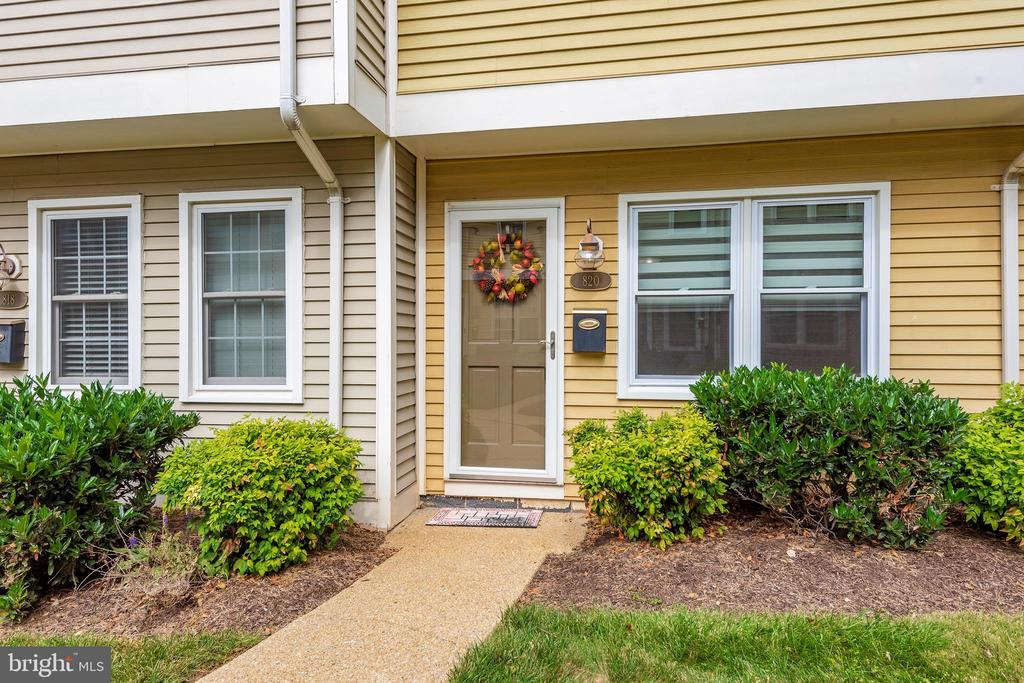 Located just a few blocks from Historic District - 820 MEWS LN, FREDERICK