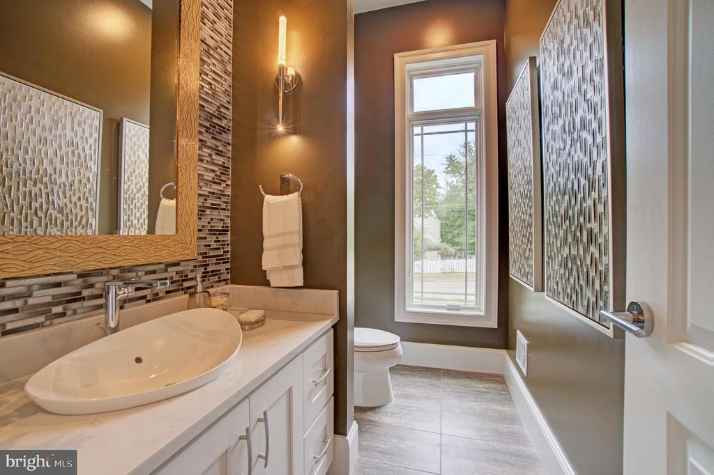Powder Room (Model Photo) - 822 18TH ST S, ARLINGTON