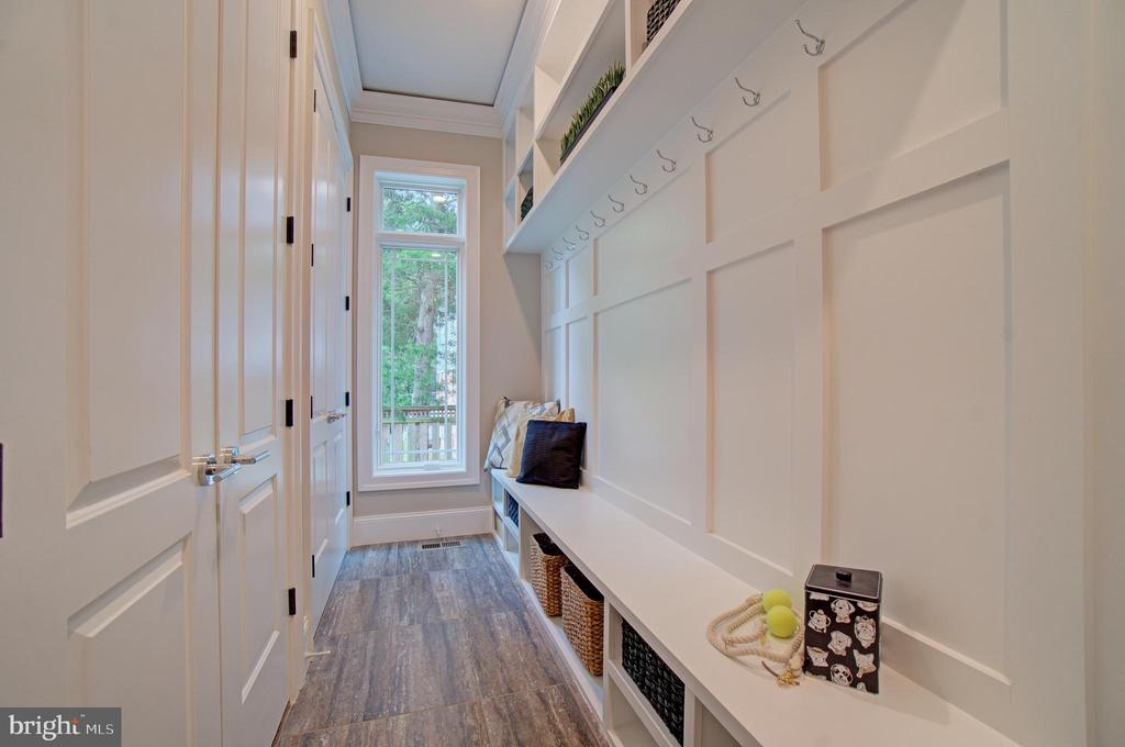 Mudroom (Model Photo) - 822 18TH ST S, ARLINGTON