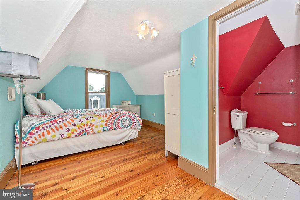 Bedroom 4 - 216 E MAIN ST, MIDDLETOWN