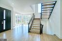 Custom Hand Built Modern Staircase - 4531 40TH ST N, ARLINGTON