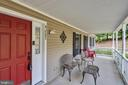 Welcoming Front Porch - 41743 STUMPTOWN RD, LEESBURG