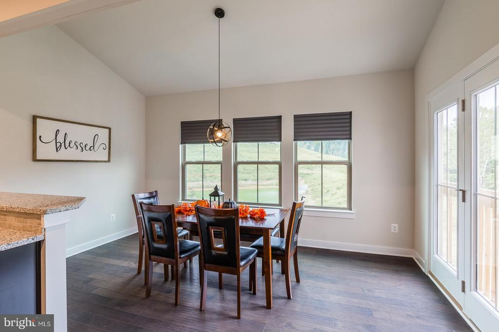 The heart of the home. Sit for a bit, go ahead. - 2283 RIVER BIRCH RD, DUMFRIES