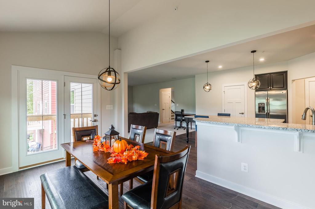 Open to kitchen and family room - 2283 RIVER BIRCH RD, DUMFRIES