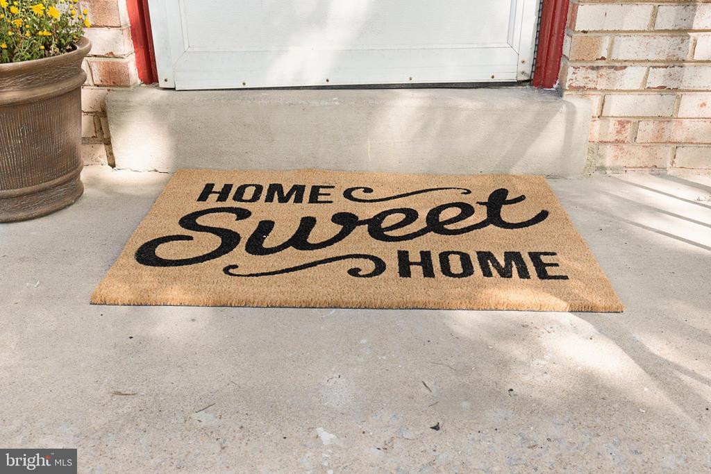 Welcome Home - 13227 NASSAU DR, WOODBRIDGE