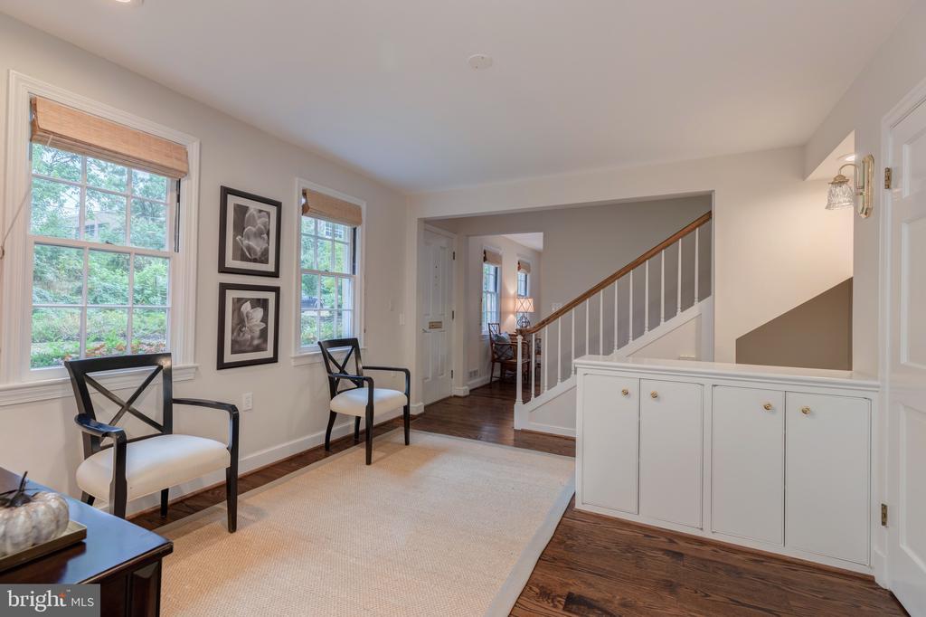 Elegant foyer - 3601 TILDEN ST NW, WASHINGTON