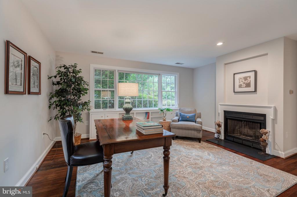Main level Library/Bedroom with fireplace - 3601 TILDEN ST NW, WASHINGTON