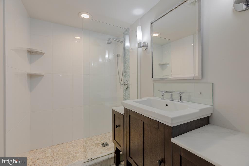 Renovated bath - 3601 TILDEN ST NW, WASHINGTON