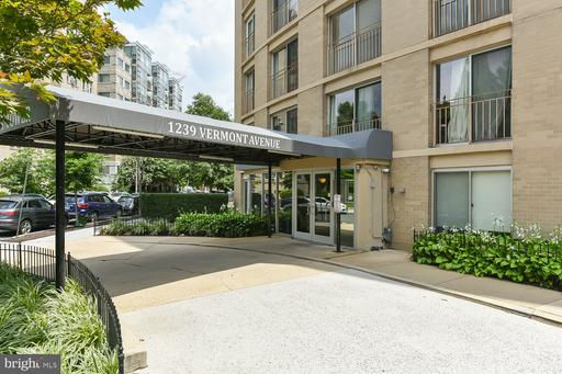 1239 VERMONT AVE NW #1007