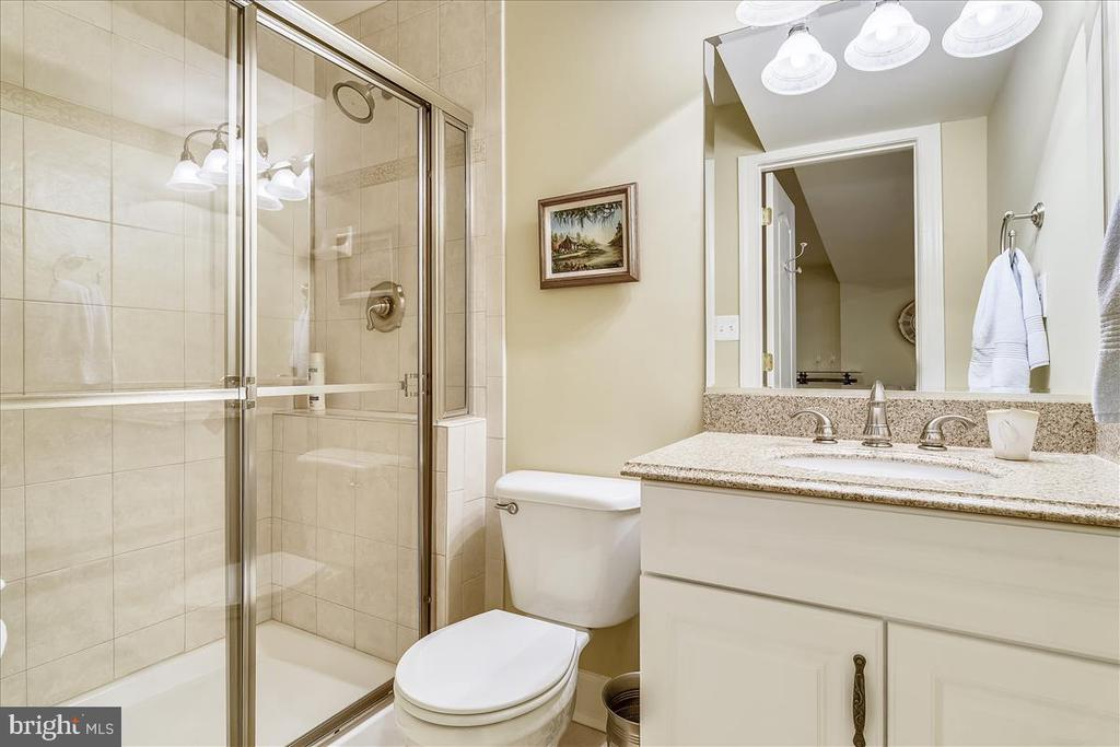 Lower Level Bathroom - 43433 WILD DUNES SQ, LEESBURG
