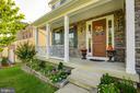 Front Porch - 16350 BOATSWAIN CIR, WOODBRIDGE