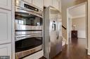 Kitchen  w/ Double Oven - 16350 BOATSWAIN CIR, WOODBRIDGE