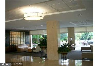 LOBBY WITH 24 FRONT DESK - 10500 ROCKVILLE PIKE #1619, ROCKVILLE