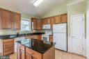 Open Kitchen with upgraded cabinets - 1799 COURTHOUSE RD, STAFFORD
