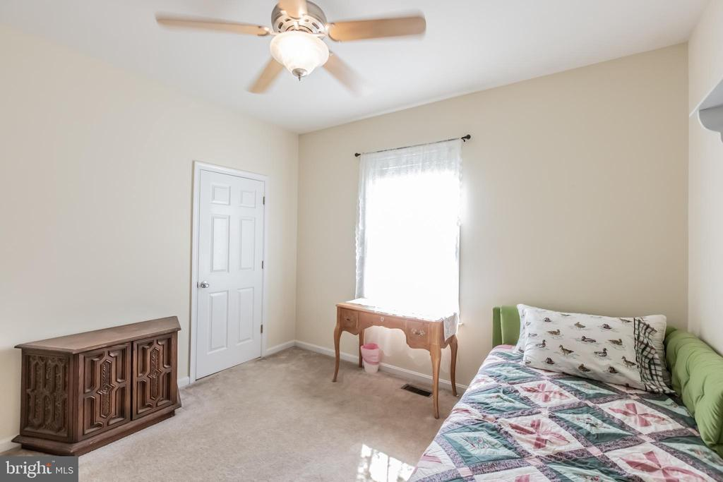 Spacious bedrooms with natural light - 1799 COURTHOUSE RD, STAFFORD
