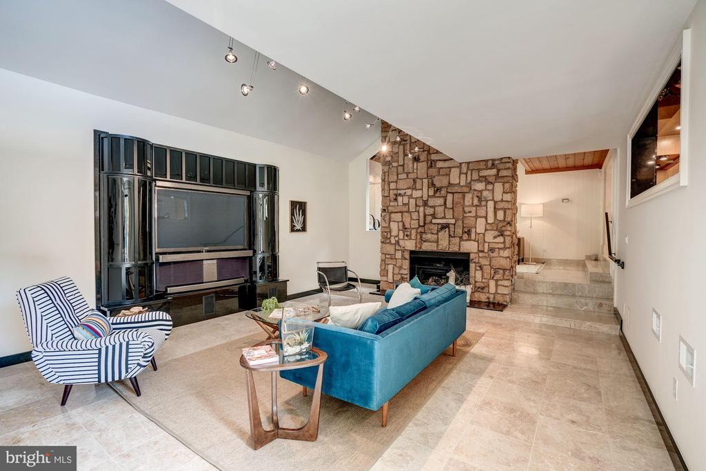 Living Room - 3150 PROSPERITY AVE, FAIRFAX