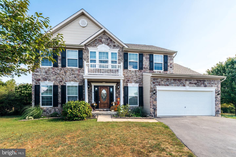 Single Family Homes 为 销售 在 Inwood, 西弗吉尼亚州 25428 美国