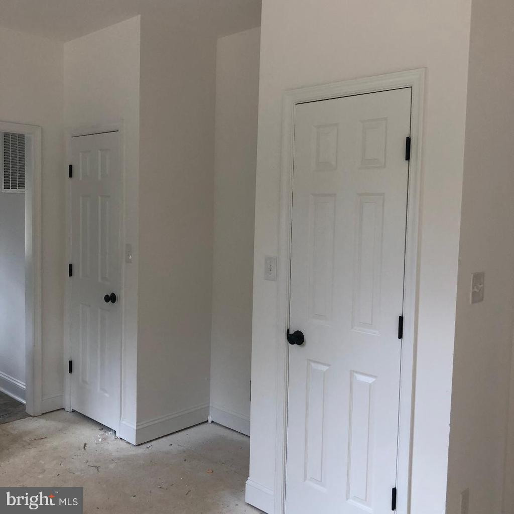 2 pantries for lots of kitchen storage - 29366 OLD OFFICE ROAD, RHOADESVILLE