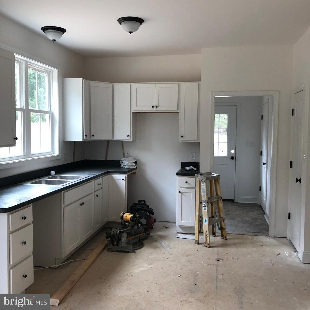 Kitchen in progress - 29366 OLD OFFICE ROAD, RHOADESVILLE