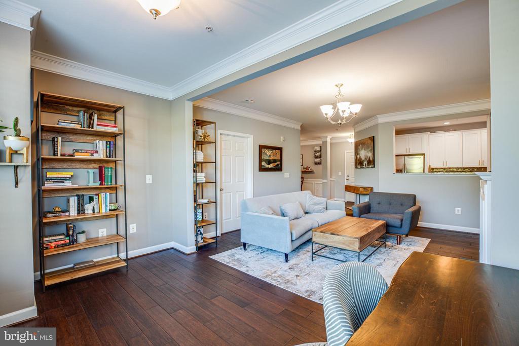 Living Room - 621-209 COBBLESTONE BLVD #209, FREDERICKSBURG