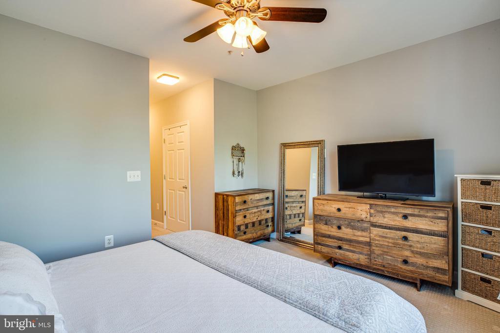 Master Bedroom #1 - 621-209 COBBLESTONE BLVD #209, FREDERICKSBURG