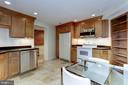 In-Law suite with large eat-in kitchen - 1410 15TH ST NW, WASHINGTON