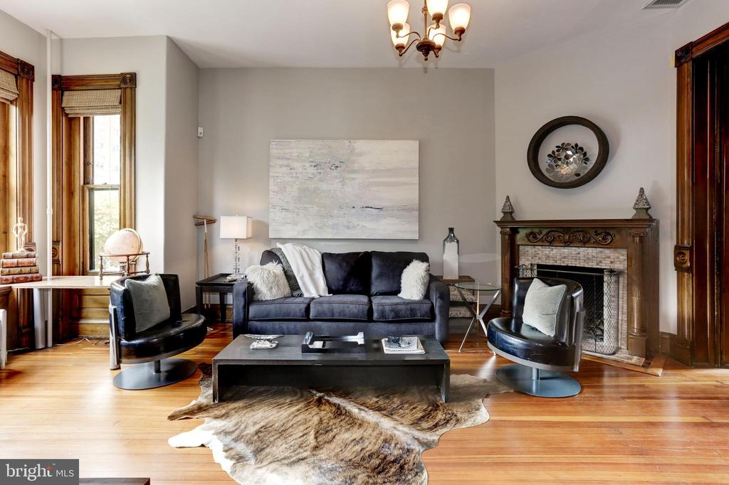 The townhouse offers three wood burning fireplaces - 1410 15TH ST NW, WASHINGTON