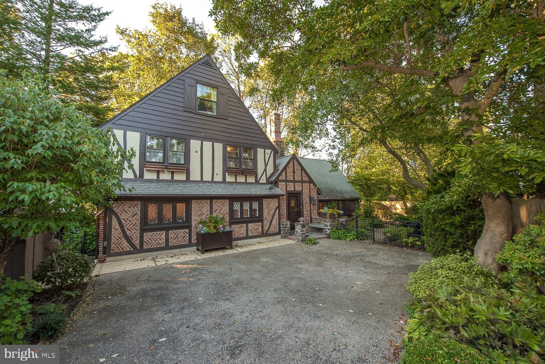Single Family Homes 為 出售 在 Wynnewood, 賓夕法尼亞州 19096 美國