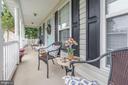 Enjoy the Fall weather on your front porch - 9402 BRAKEN CT, FREDERICKSBURG