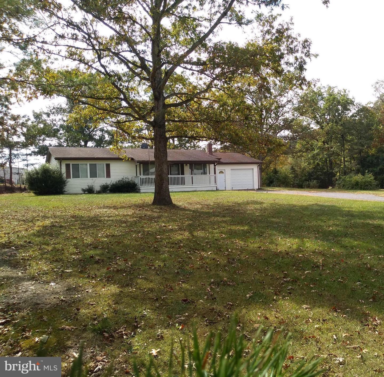 Single Family Homes 为 销售 在 Fisher, 西弗吉尼亚州 26818 美国