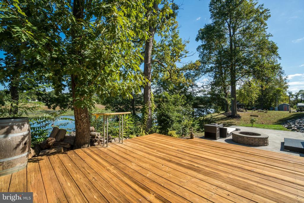 Tiered Wood Deck Patio with Fire pit by Dock - 31 LAUREL HAVEN DR, STAFFORD