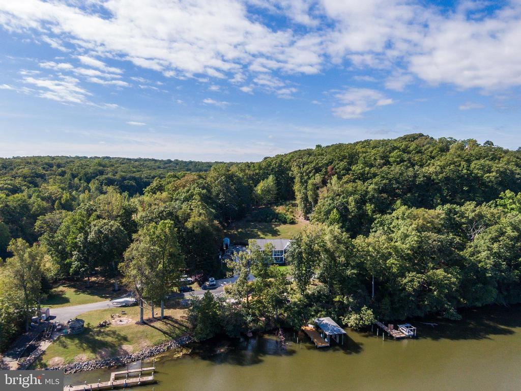 Hope Springs or Aquia Harbour Marinas are closeby - 31 LAUREL HAVEN DR, STAFFORD
