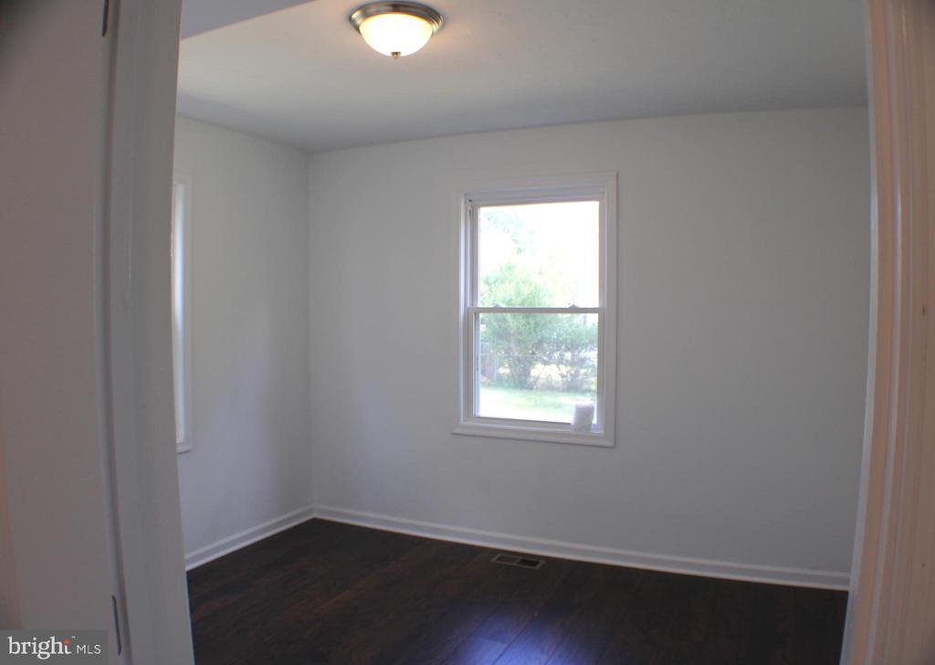 Bedroom 1 - 4703 BEAUFORD RD, MORNINGSIDE