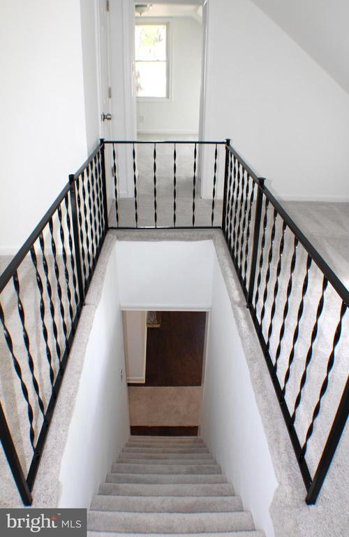 Stairs - 4703 BEAUFORD RD, MORNINGSIDE