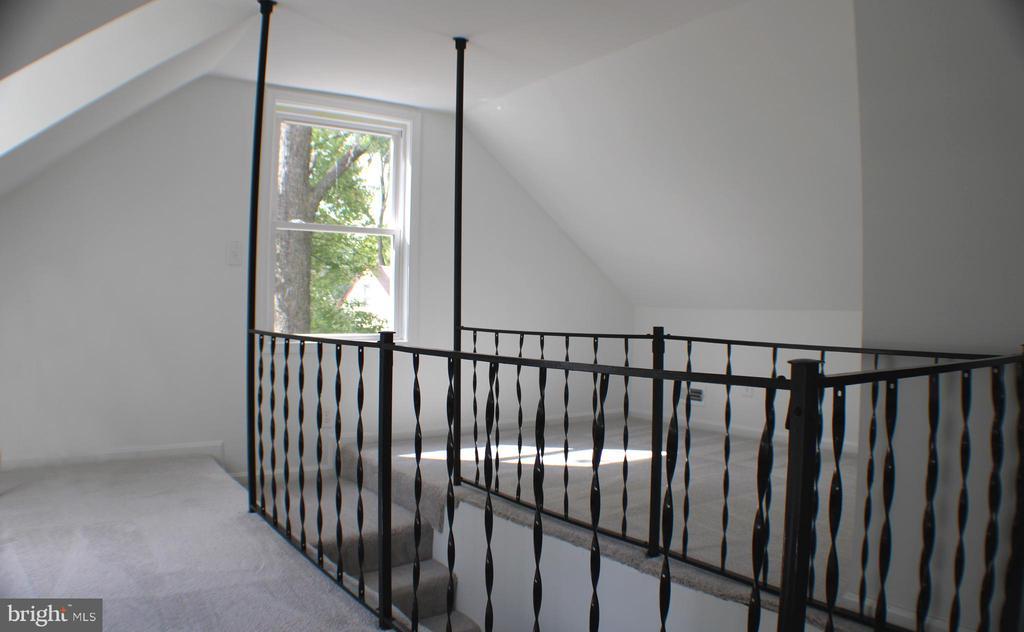 Upstairs window - 4703 BEAUFORD RD, MORNINGSIDE