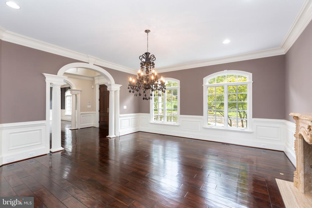 Dining Room - 8548-A GEORGETOWN PIKE, MCLEAN