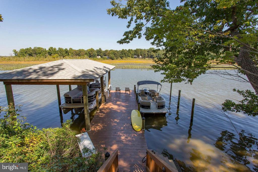 Electric Motor Boat Lift - 31 LAUREL HAVEN DR, STAFFORD