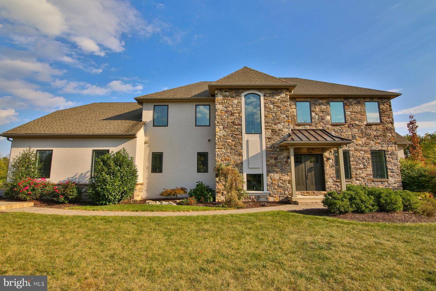 Single Family Homes for Sale at Center Valley, Pennsylvania 18034 United States
